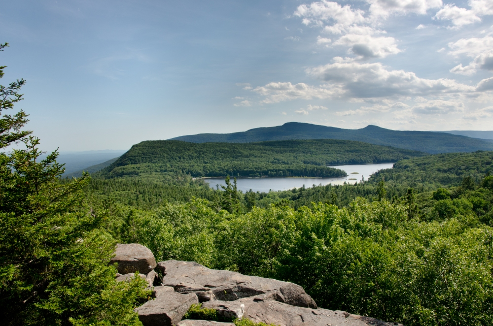 2012_July_06_North-South_Lake_from_Sunset_Rocks